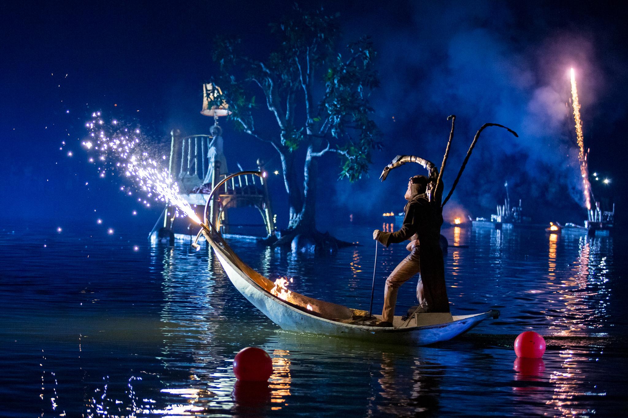 Grand Nocturnal Aquatic Parade
